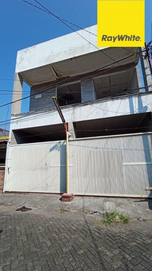 Rumah 3 lantai Dijual di Mulyosari Tengah Surabaya