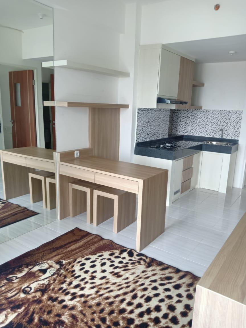 Apartemen Puncak CBD Surabaya ~ 2BR, Semi Furnished.