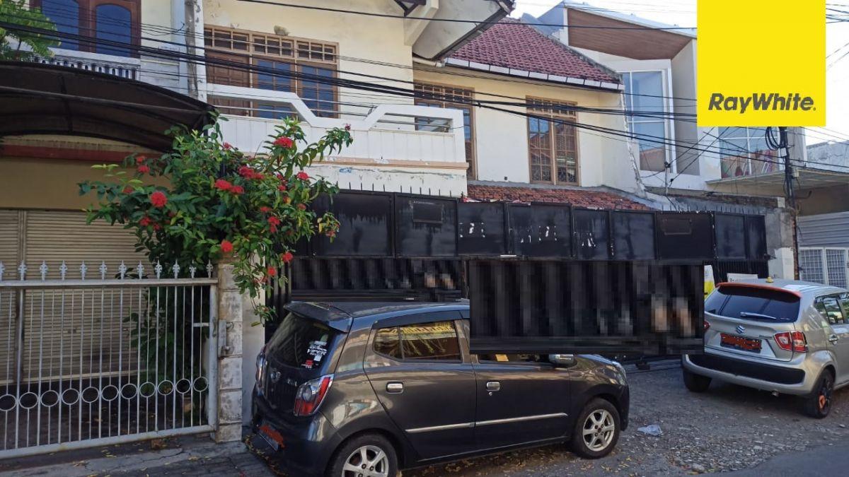 Rumah 2 lantai Dijual di Semolowaru Tengah Surabaya
