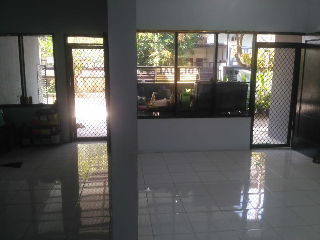Rumah Delatasari Sidoarjo Murah Strategis Terawat Siap Huni